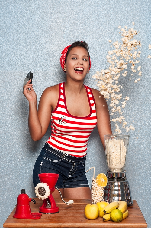 creative pinup photography with pop corn