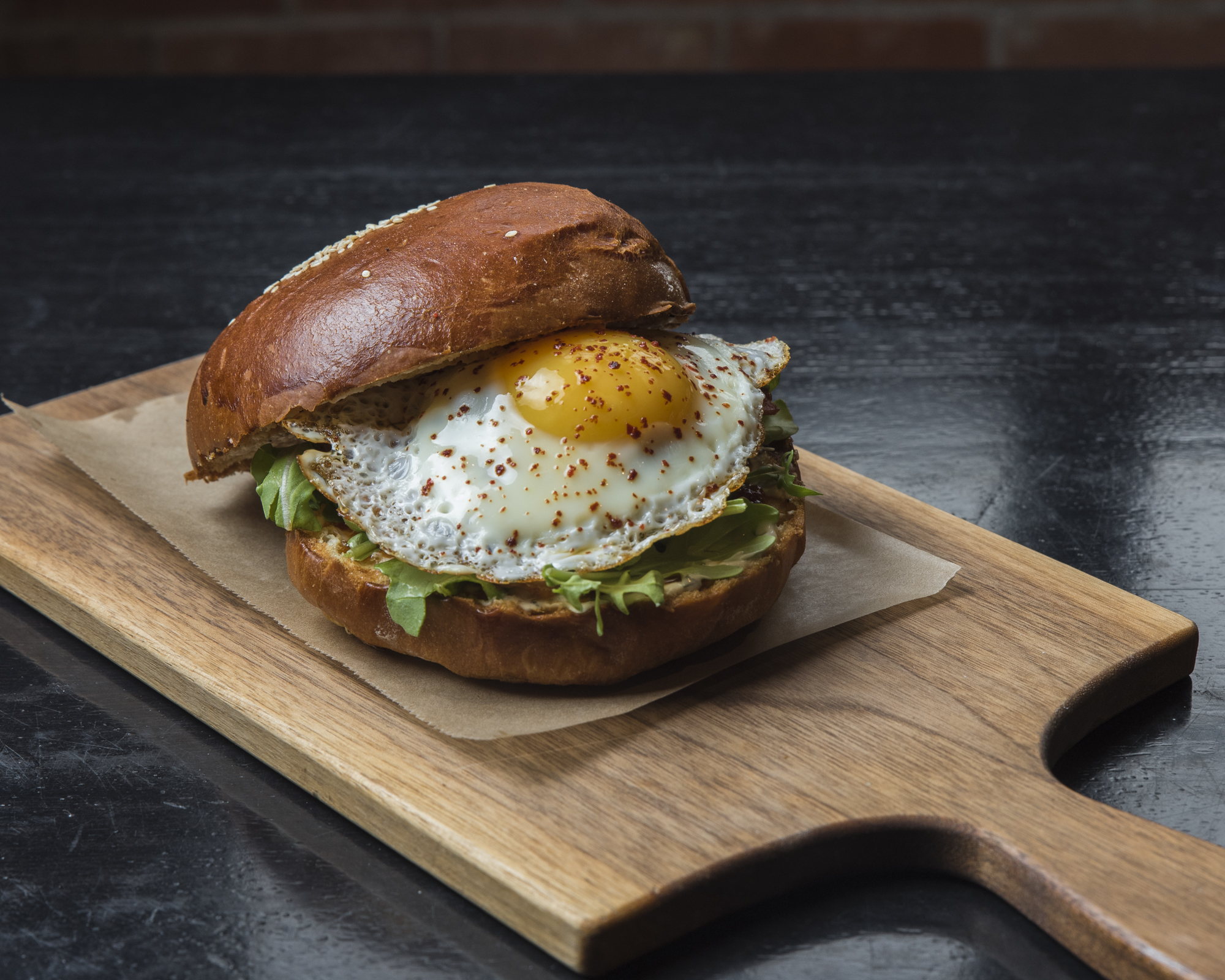 breakfast sandwich photography with delicious egg